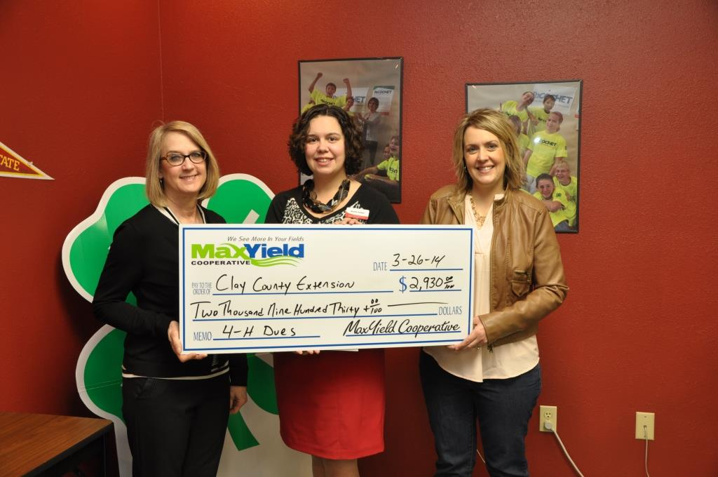 Area Cooperative Helps With 4-H Membership Fees